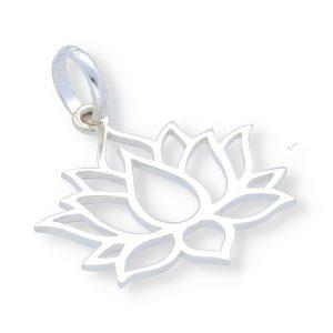 Colgante con flor de loto